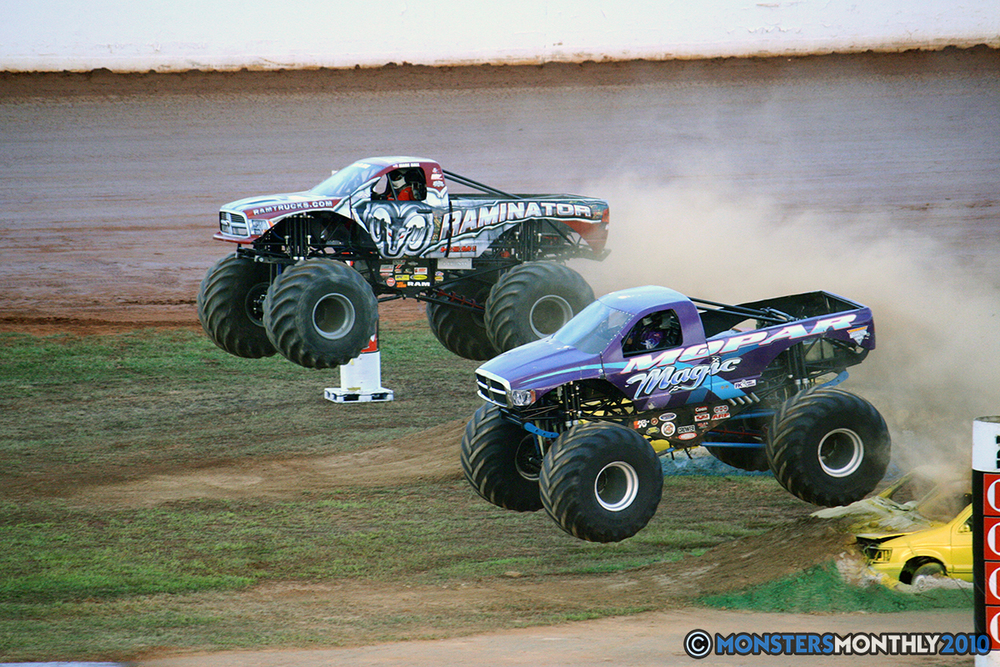 35-monstersmonthly-2010-charlotte-dirt-track-monster-truck-back-to-school-bash.jpg
