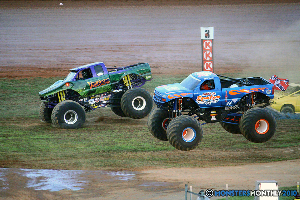 38-monstersmonthly-2010-charlotte-dirt-track-monster-truck-back-to-school-bash.jpg