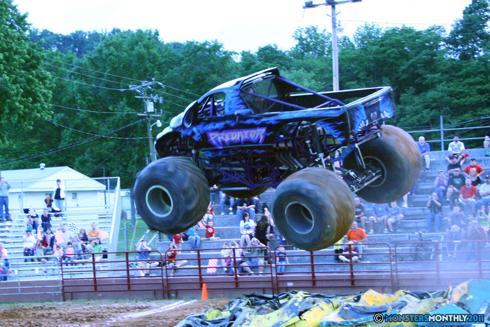 04-monstersmonthly-old-school-monster-race-sevierville-tennessee-2011 copy.jpg