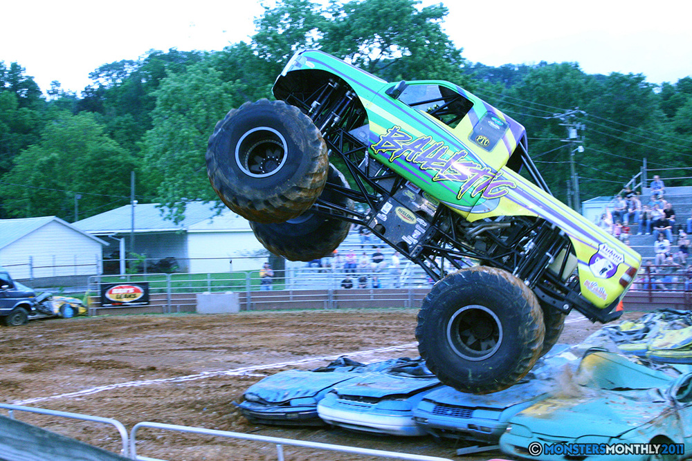 05-monstersmonthly-old-school-monster-race-sevierville-tennessee-2011 copy.jpg