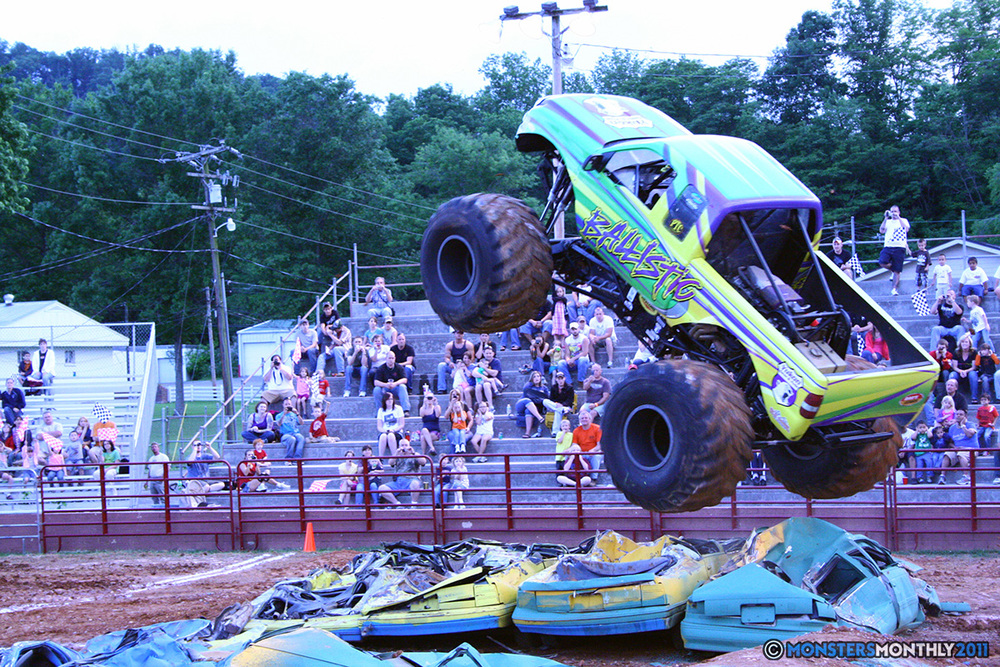 06-monstersmonthly-old-school-monster-race-sevierville-tennessee-2011 copy.jpg