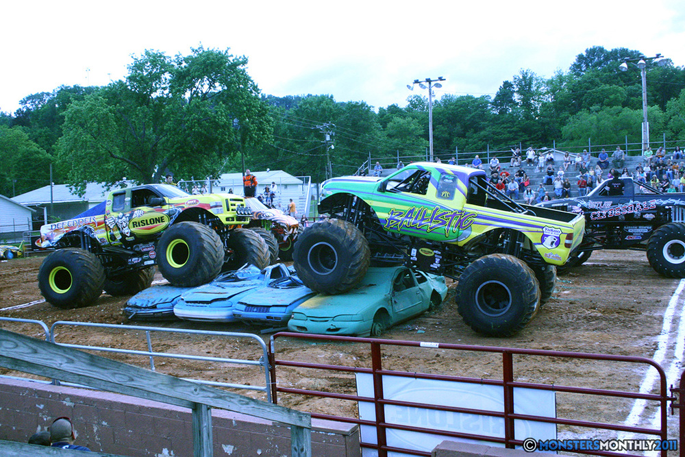 12-monstersmonthly-old-school-monster-race-sevierville-tennessee-2011 copy.jpg