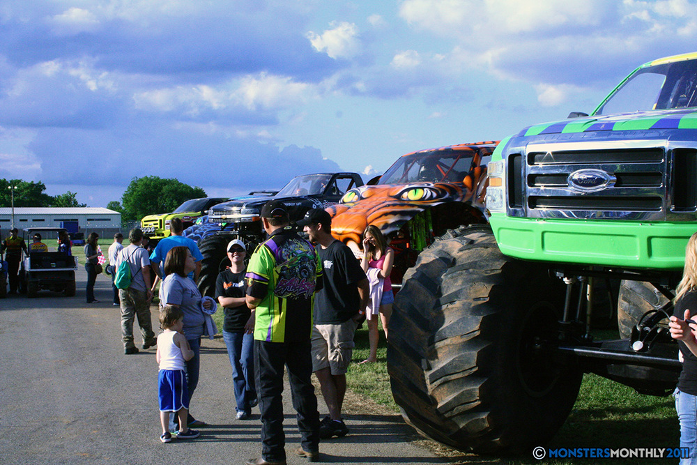 25-monstersmonthly-old-school-monster-race-sevierville-tennessee-2011 copy.jpg