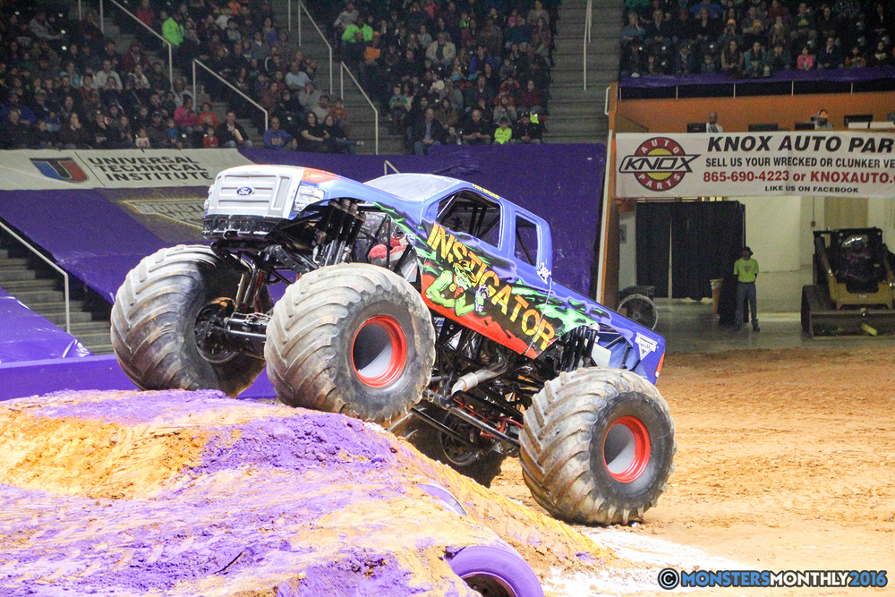 05-monsters-monthly-monster-jam-thompson-boling-arena-2016-grave-digger-carolina-crusher-prowler-predator-saigon-shaker-backdraft-instagator-bad-news copy.jpg