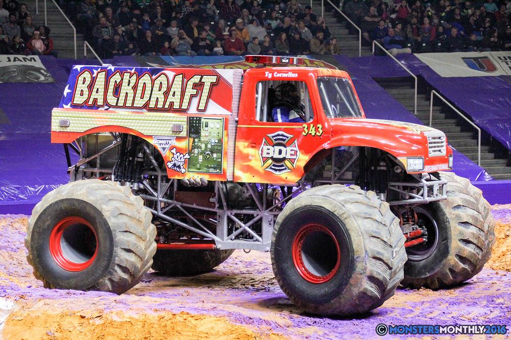 10-monsters-monthly-monster-jam-thompson-boling-arena-2016-grave-digger-carolina-crusher-prowler-predator-saigon-shaker-backdraft-instagator-bad-news copy.jpg