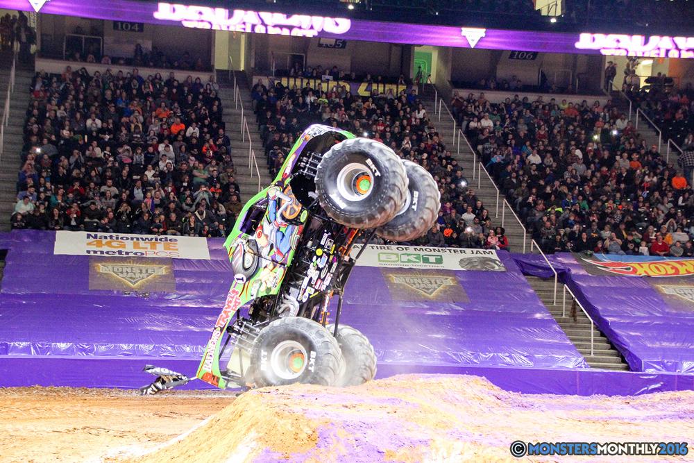 28-monsters-monthly-monster-jam-thompson-boling-arena-2016-grave-digger-carolina-crusher-prowler-predator-saigon-shaker-backdraft-instagator-bad-news copy.jpg