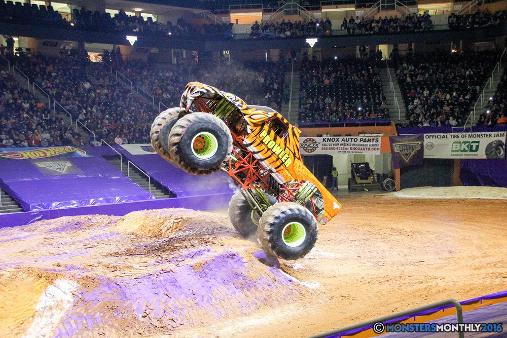 34-monsters-monthly-monster-jam-thompson-boling-arena-2016-grave-digger-carolina-crusher-prowler-predator-saigon-shaker-backdraft-instagator-bad-news copy.jpg