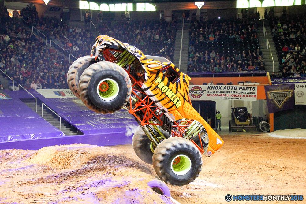 36-monsters-monthly-monster-jam-thompson-boling-arena-2016-grave-digger-carolina-crusher-prowler-predator-saigon-shaker-backdraft-instagator-bad-news copy.jpg