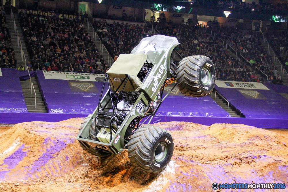 47-monsters-monthly-monster-jam-thompson-boling-arena-2016-grave-digger-carolina-crusher-prowler-predator-saigon-shaker-backdraft-instagator-bad-news copy.jpg