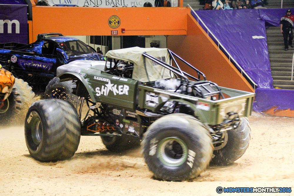 79-monsters-monthly-monster-jam-thompson-boling-arena-2016-grave-digger-carolina-crusher-prowler-predator-saigon-shaker-backdraft-instagator-bad-news copy.jpg