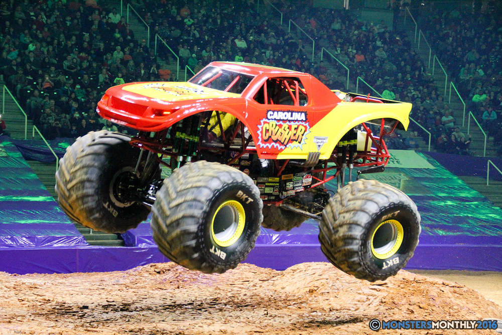 162-monsters-monthly-monster-jam-thompson-boling-arena-2016-grave-digger-carolina-crusher-prowler-predator-saigon-shaker-backdraft-instagator-bad-news copy.jpg
