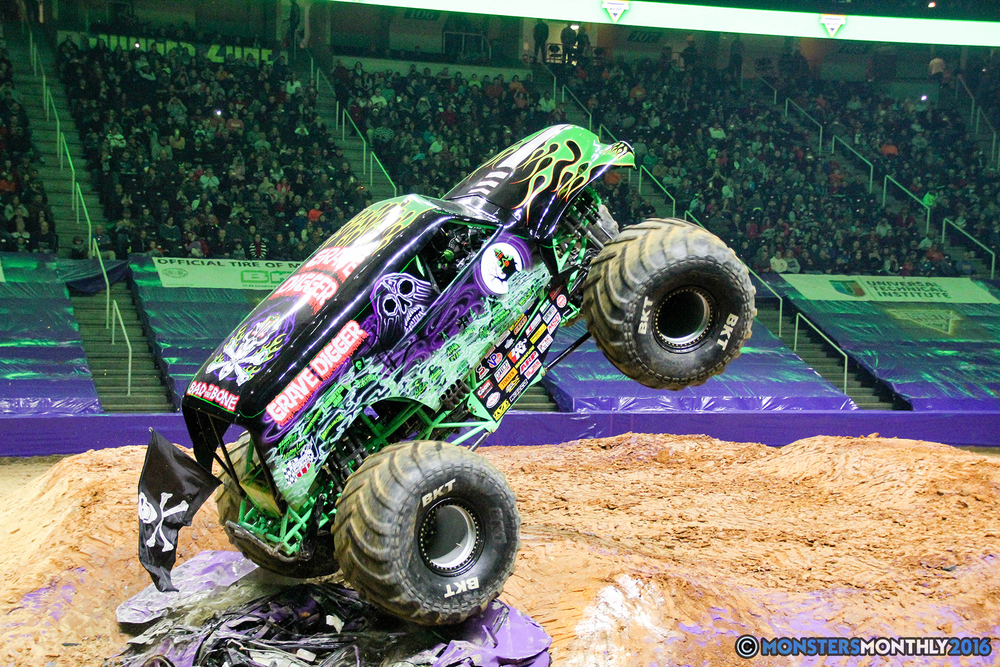 174-monsters-monthly-monster-jam-thompson-boling-arena-2016-grave-digger-carolina-crusher-prowler-predator-saigon-shaker-backdraft-instagator-bad-news copy.jpg