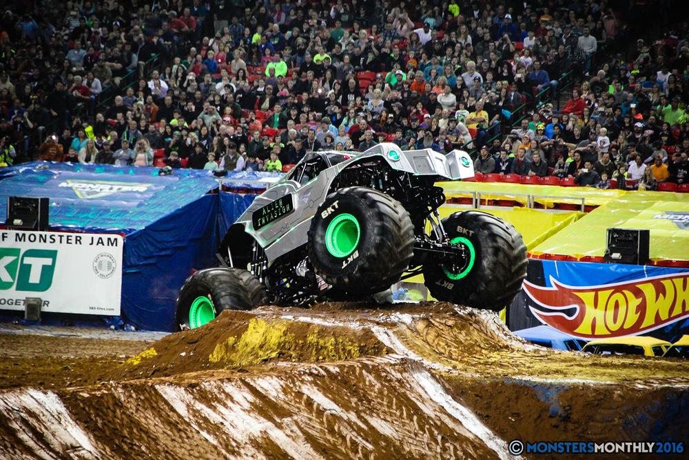 29-monsters-monthly-monsterjam-2016-georgia-dome-fs1-series-january-9.jpg