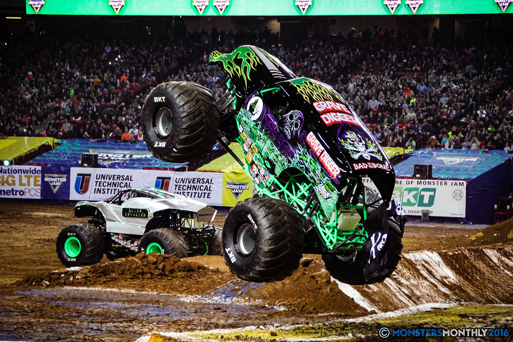 30-monsters-monthly-monsterjam-2016-georgia-dome-fs1-series-january-9.jpg