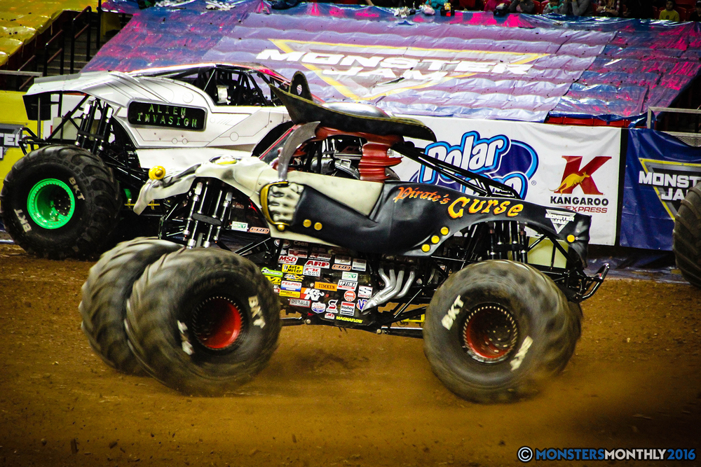 41-monsters-monthly-monsterjam-2016-georgia-dome-fs1-series-january-9.jpg