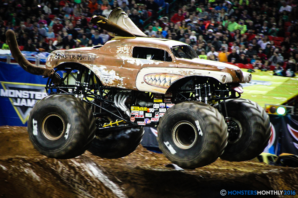 48-monsters-monthly-monsterjam-2016-georgia-dome-fs1-series-january-9.jpg