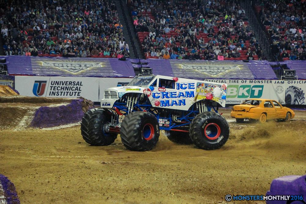 14-monsterjam-georgiadome-march-2016-monstersmonthly-monster-truck-racing-freestyle copy.jpg