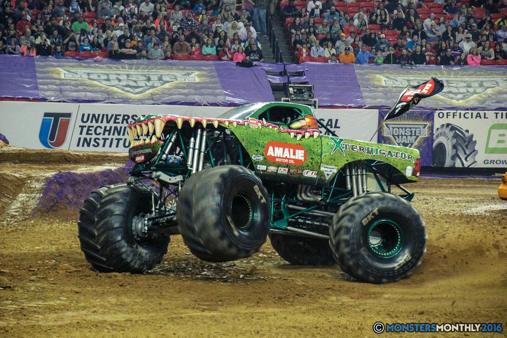 18-monsterjam-georgiadome-march-2016-monstersmonthly-monster-truck-racing-freestyle copy.jpg