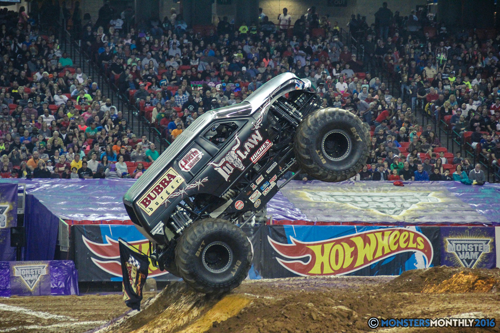 30-monsterjam-georgiadome-march-2016-monstersmonthly-monster-truck-racing-freestyle copy.jpg