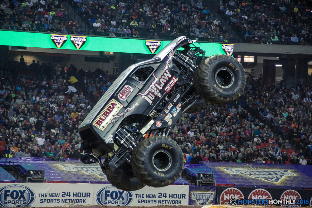 31-monsterjam-georgiadome-march-2016-monstersmonthly-monster-truck-racing-freestyle copy.jpg