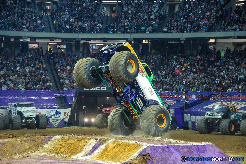 34-monsterjam-georgiadome-march-2016-monstersmonthly-monster-truck-racing-freestyle copy.jpg