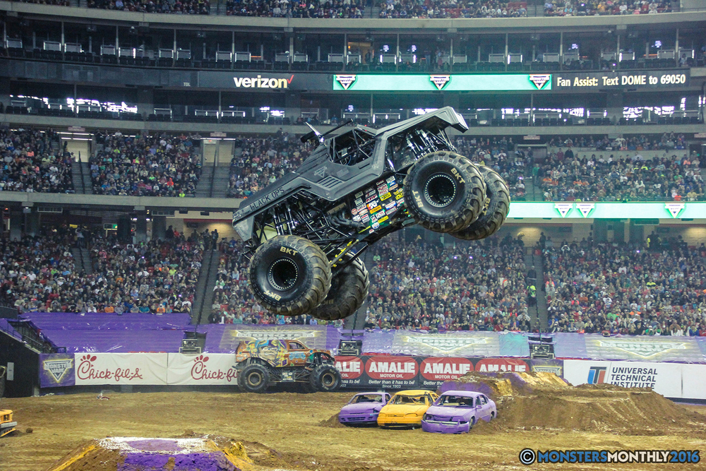 36-monsterjam-georgiadome-march-2016-monstersmonthly-monster-truck-racing-freestyle copy.jpg