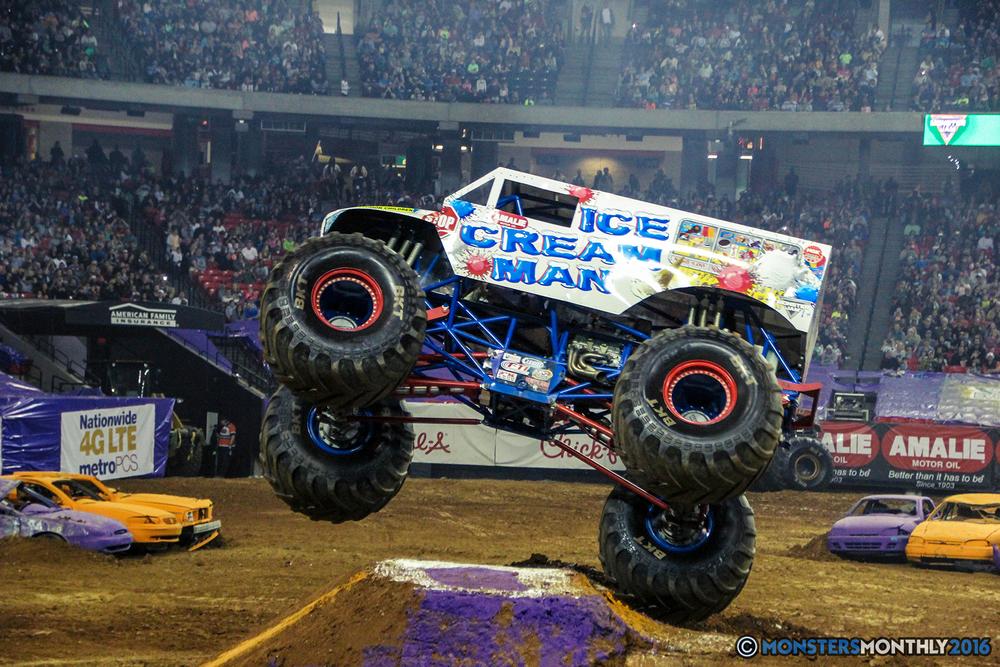 50-monsterjam-georgiadome-march-2016-monstersmonthly-monster-truck-racing-freestyle copy.jpg