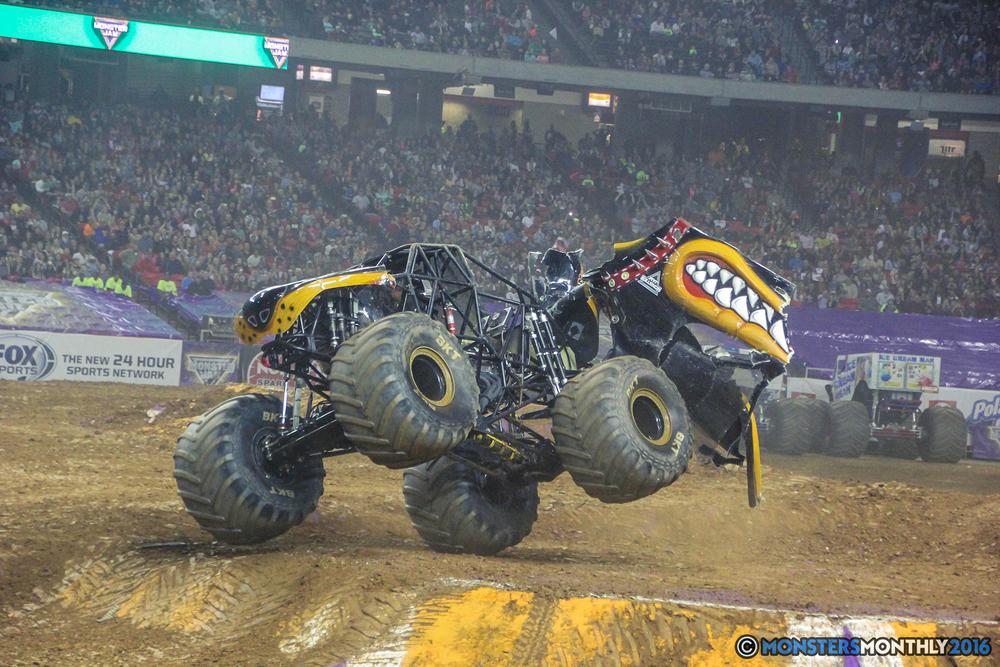 64-monsterjam-georgiadome-march-2016-monstersmonthly-monster-truck-racing-freestyle copy.jpg