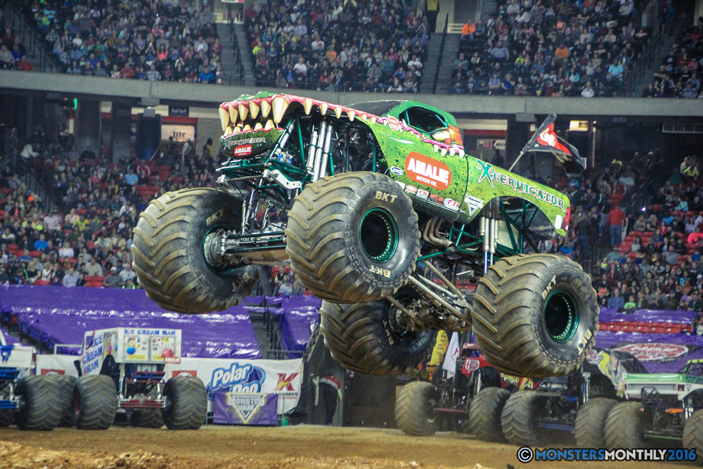 67-monsterjam-georgiadome-march-2016-monstersmonthly-monster-truck-racing-freestyle copy.jpg