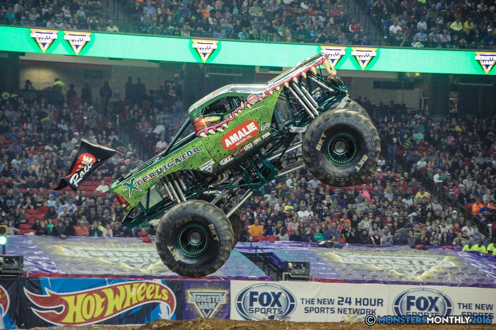 66-monsterjam-georgiadome-march-2016-monstersmonthly-monster-truck-racing-freestyle copy.jpg