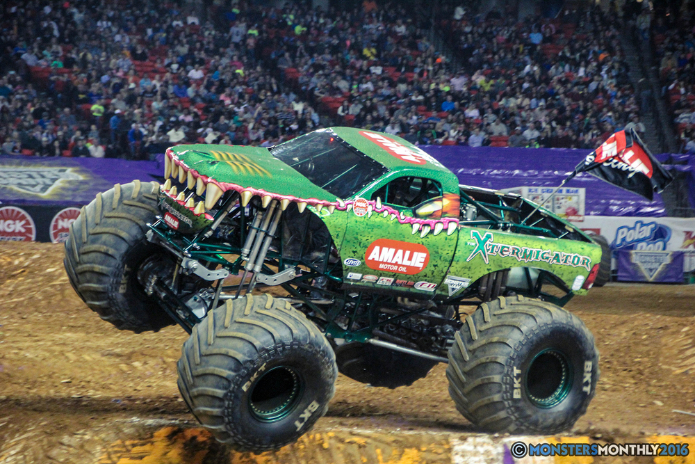 68-monsterjam-georgiadome-march-2016-monstersmonthly-monster-truck-racing-freestyle copy.jpg