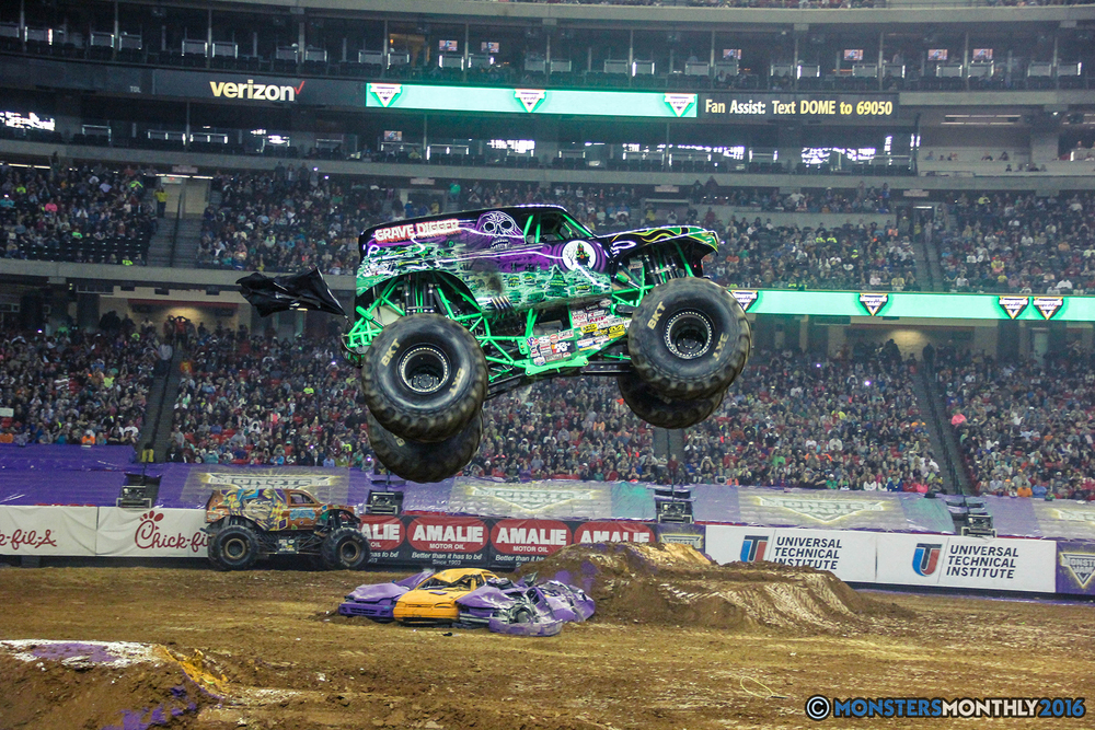 69-monsterjam-georgiadome-march-2016-monstersmonthly-monster-truck-racing-freestyle copy.jpg