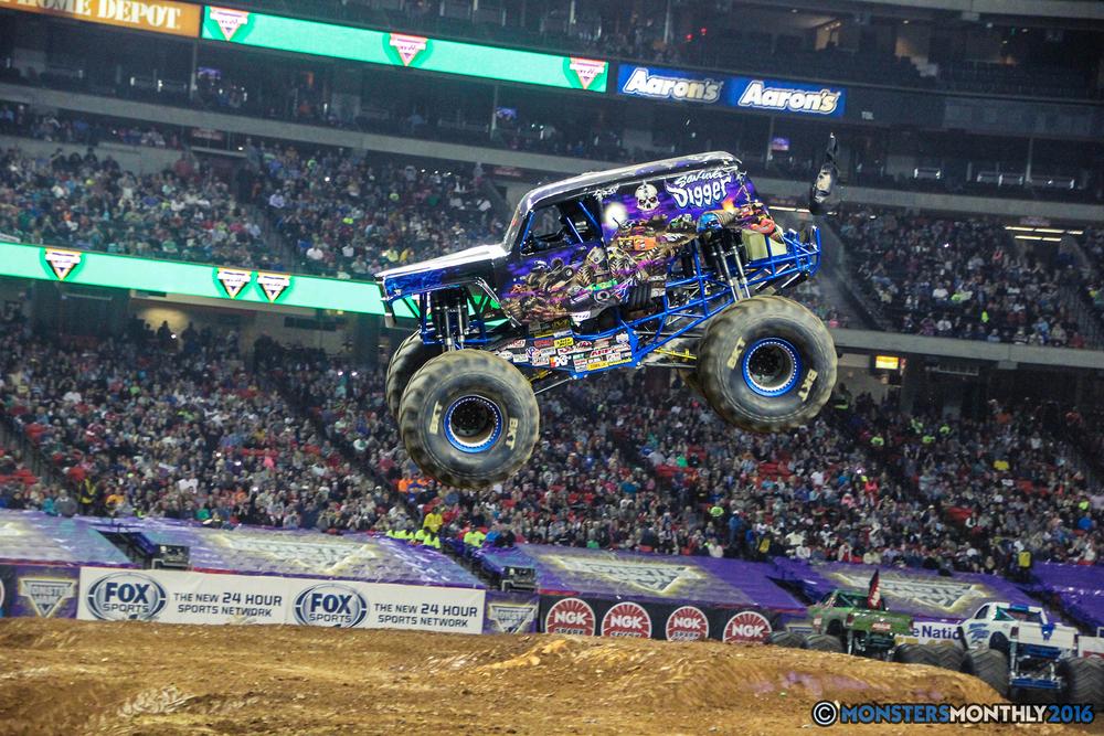 77-monsterjam-georgiadome-march-2016-monstersmonthly-monster-truck-racing-freestyle copy.jpg