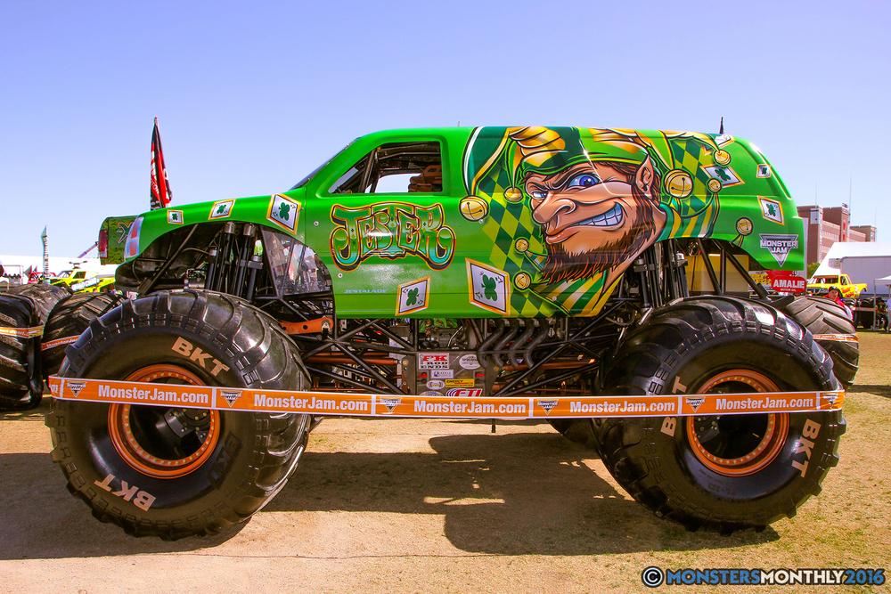 46-monster-jam-trucks-world-finals-2016-pit-party-monsters-monthly-sam-boyd-stadium-las-vegas-nevada.jpg