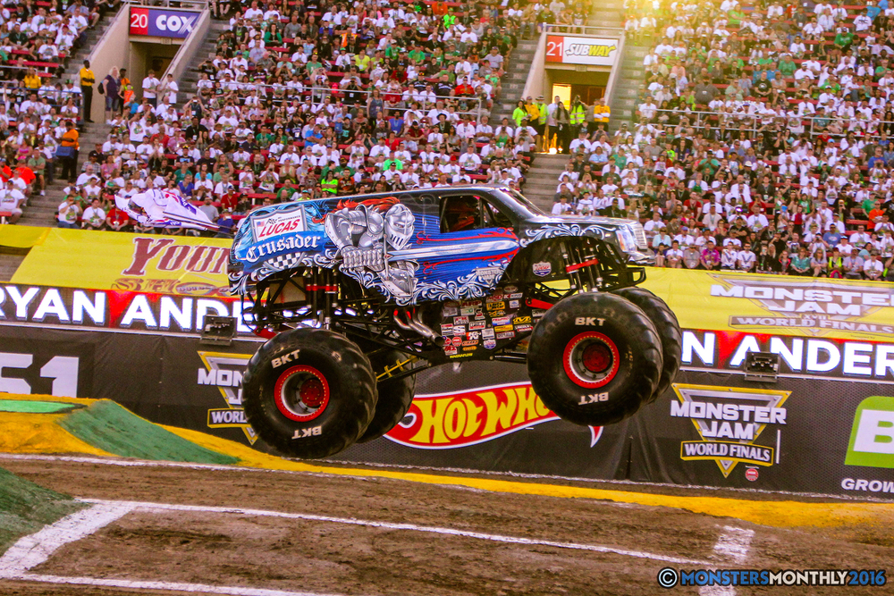 10-monsterjam-worldfinals-qualifying-2016-monstersmonthly-sam-boyd-stadium-las-vegas.jpg