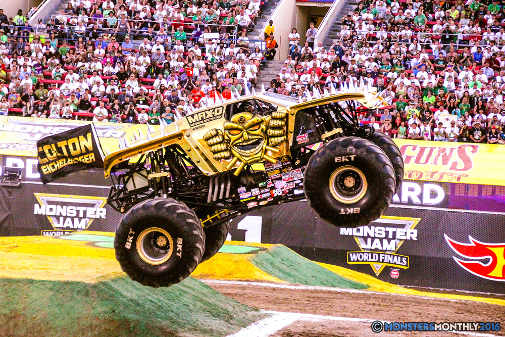 16-monsterjam-worldfinals-qualifying-2016-monstersmonthly-sam-boyd-stadium-las-vegas.jpg