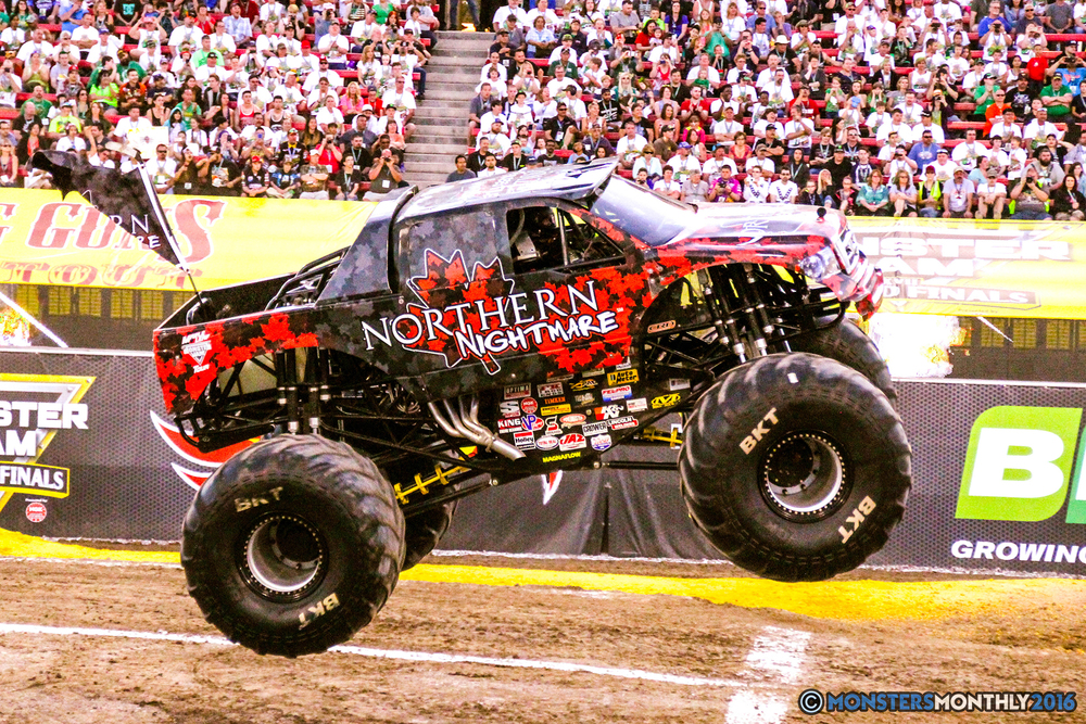19-monsterjam-worldfinals-qualifying-2016-monstersmonthly-sam-boyd-stadium-las-vegas.jpg