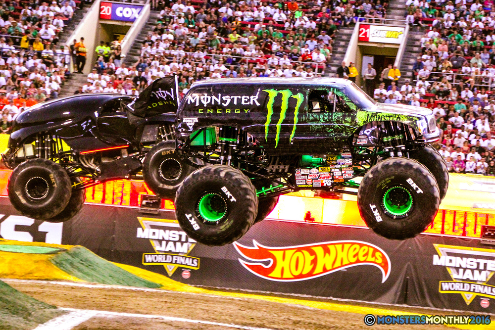 29-monsterjam-worldfinals-qualifying-2016-monstersmonthly-sam-boyd-stadium-las-vegas.jpg