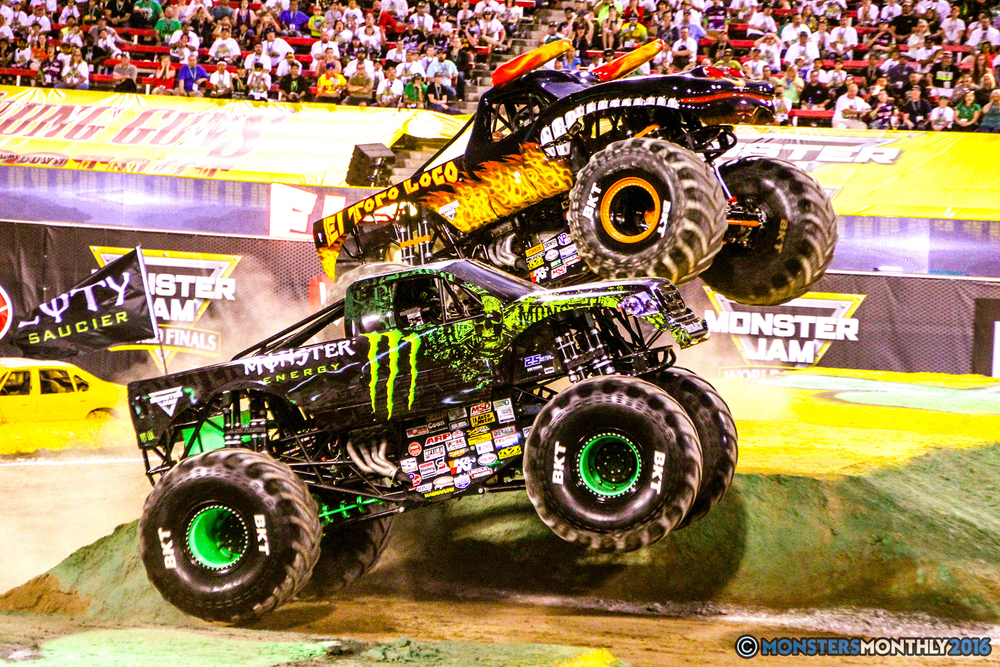 36-monsterjam-worldfinals-qualifying-2016-monstersmonthly-sam-boyd-stadium-las-vegas.jpg