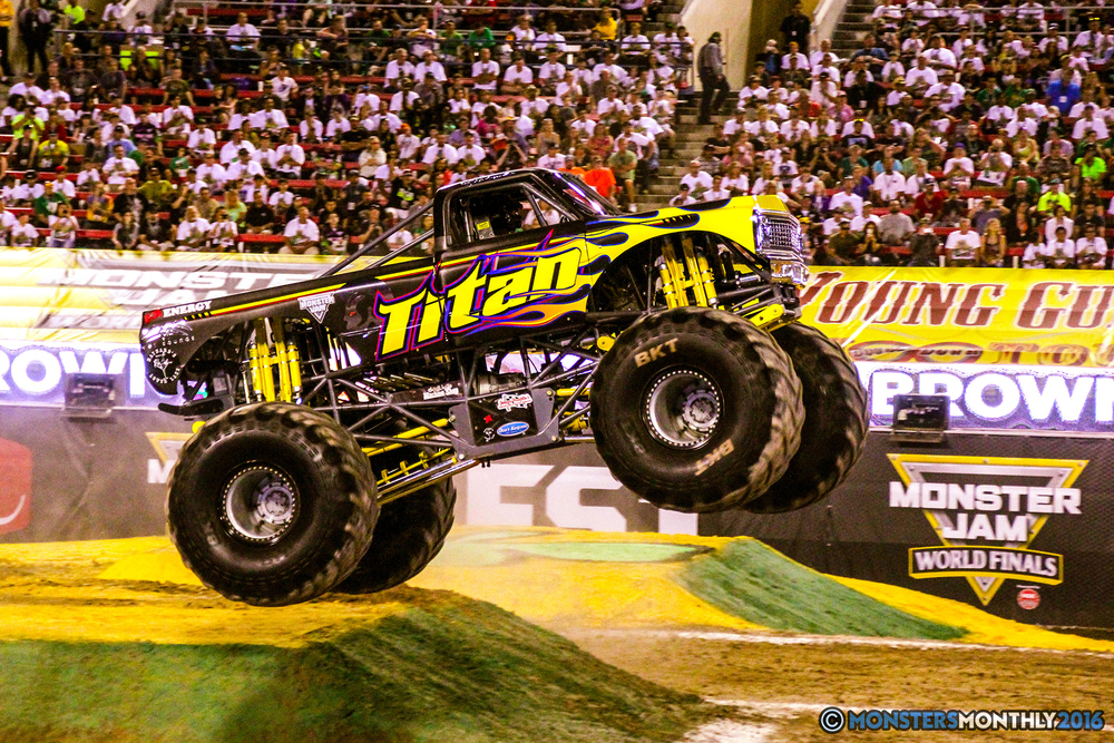 40-monsterjam-worldfinals-qualifying-2016-monstersmonthly-sam-boyd-stadium-las-vegas.jpg