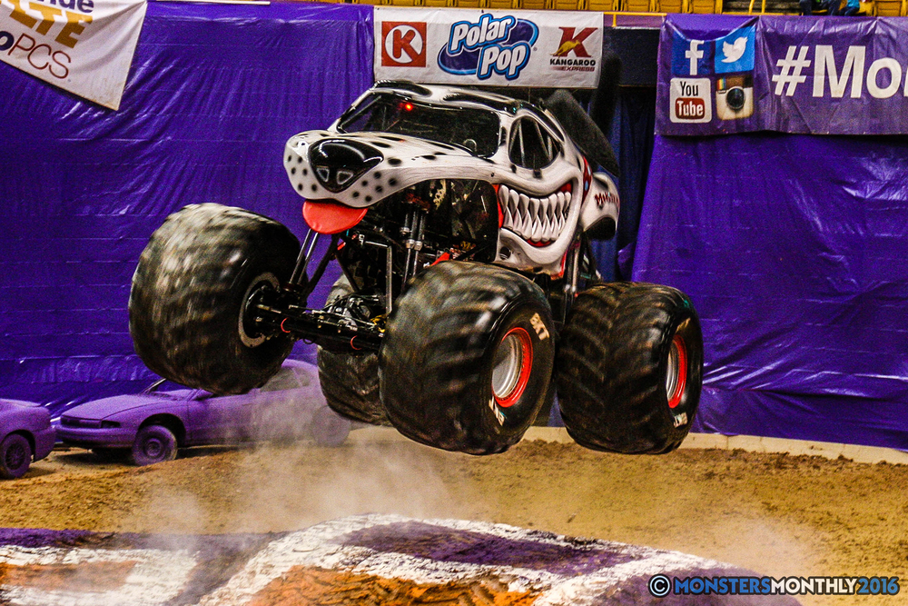 04-monster-jam-utc-mckenzie-arena-chattanooga-tennessee-monstersmonthly-monster-truck-race-gravedigger-monstermutt-xtermigator-razin-kane-doomsday-captainscurse-2016.jpg