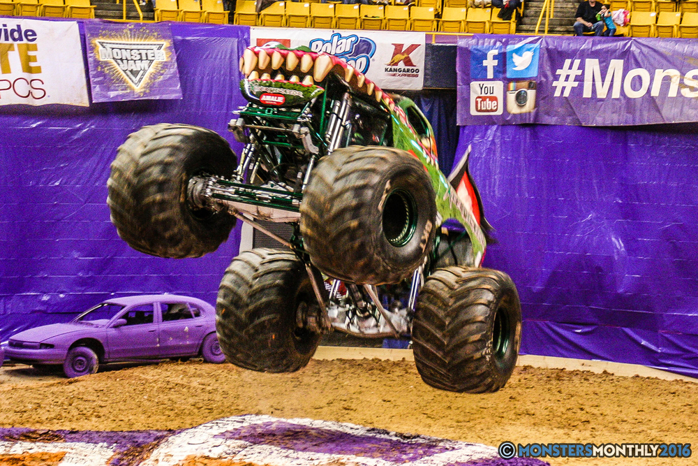 07-monster-jam-utc-mckenzie-arena-chattanooga-tennessee-monstersmonthly-monster-truck-race-gravedigger-monstermutt-xtermigator-razin-kane-doomsday-captainscurse-2016.jpg