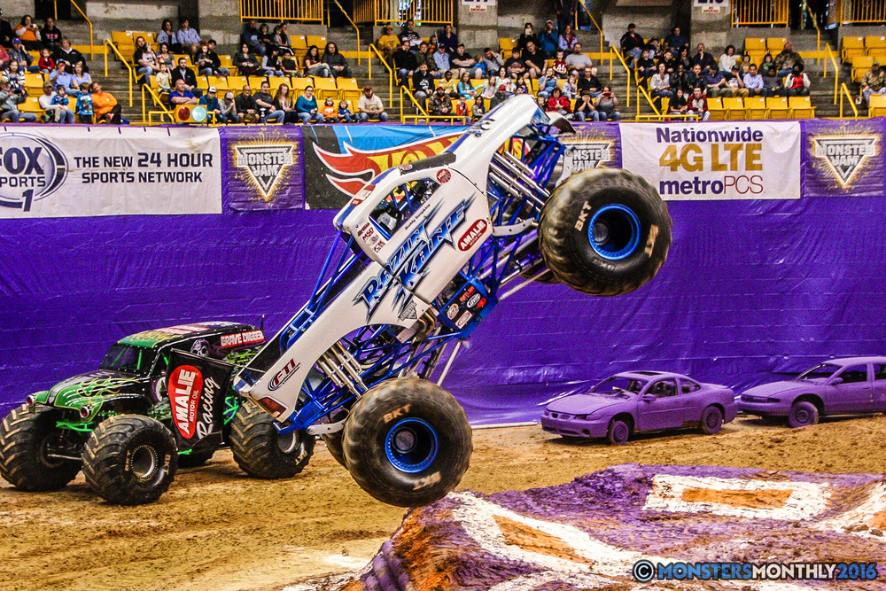 14-monster-jam-utc-mckenzie-arena-chattanooga-tennessee-monstersmonthly-monster-truck-race-gravedigger-monstermutt-xtermigator-razin-kane-doomsday-captainscurse-2016.jpg