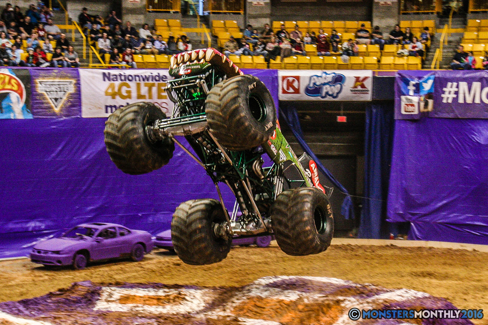 22-monster-jam-utc-mckenzie-arena-chattanooga-tennessee-monstersmonthly-monster-truck-race-gravedigger-monstermutt-xtermigator-razin-kane-doomsday-captainscurse-2016.jpg