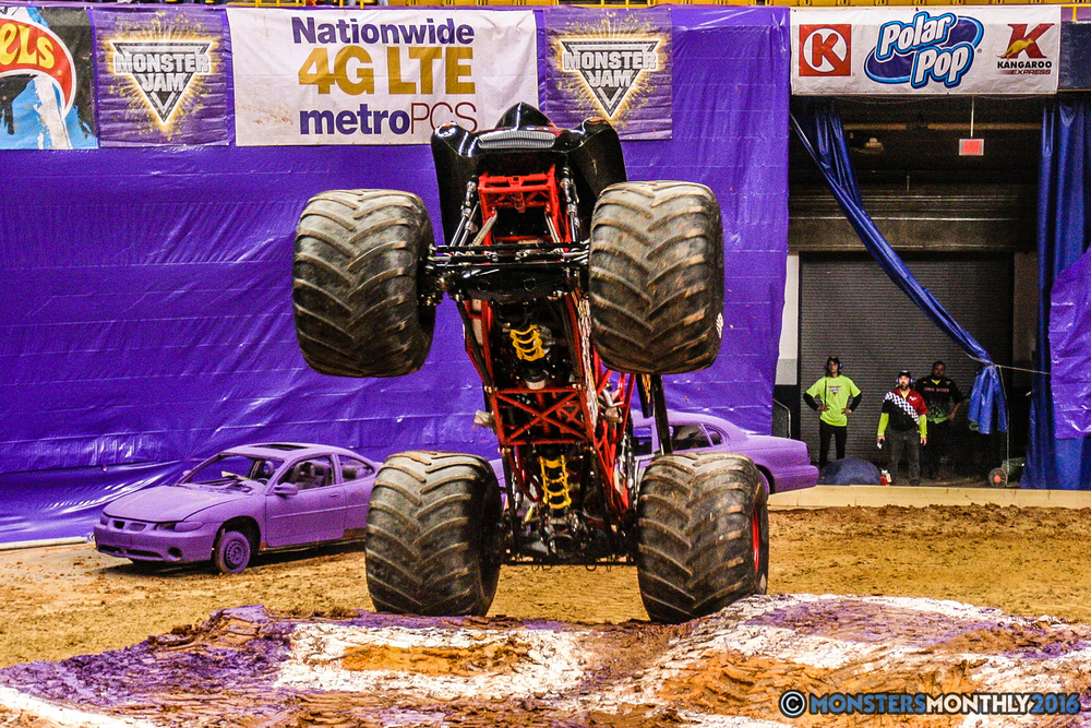 25-monster-jam-utc-mckenzie-arena-chattanooga-tennessee-monstersmonthly-monster-truck-race-gravedigger-monstermutt-xtermigator-razin-kane-doomsday-captainscurse-2016.jpg