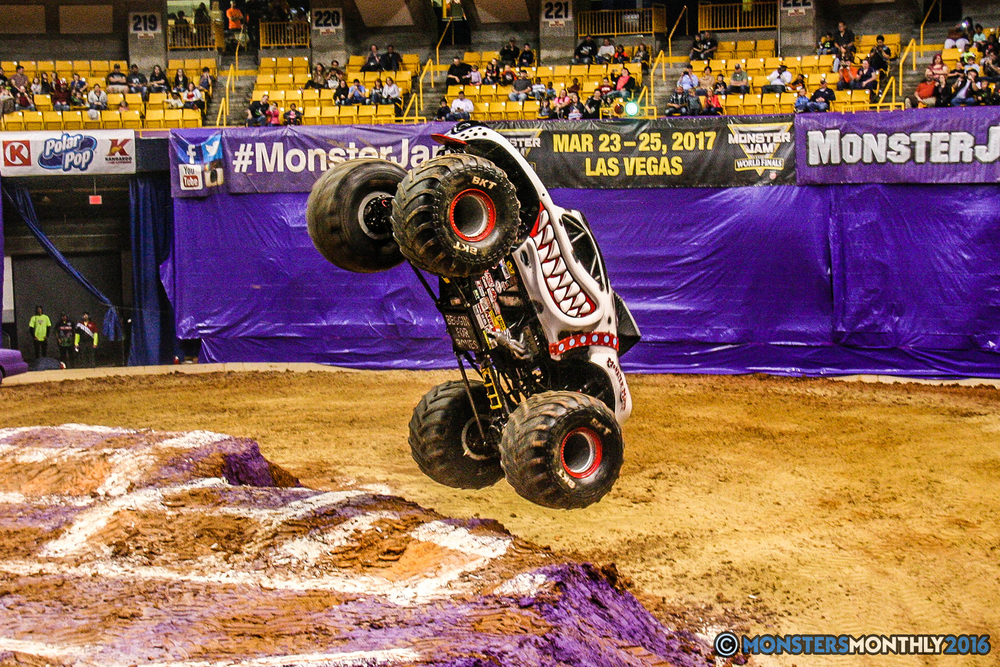 29-monster-jam-utc-mckenzie-arena-chattanooga-tennessee-monstersmonthly-monster-truck-race-gravedigger-monstermutt-xtermigator-razin-kane-doomsday-captainscurse-2016.jpg