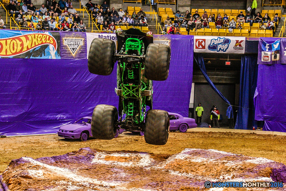 33-monster-jam-utc-mckenzie-arena-chattanooga-tennessee-monstersmonthly-monster-truck-race-gravedigger-monstermutt-xtermigator-razin-kane-doomsday-captainscurse-2016.jpg
