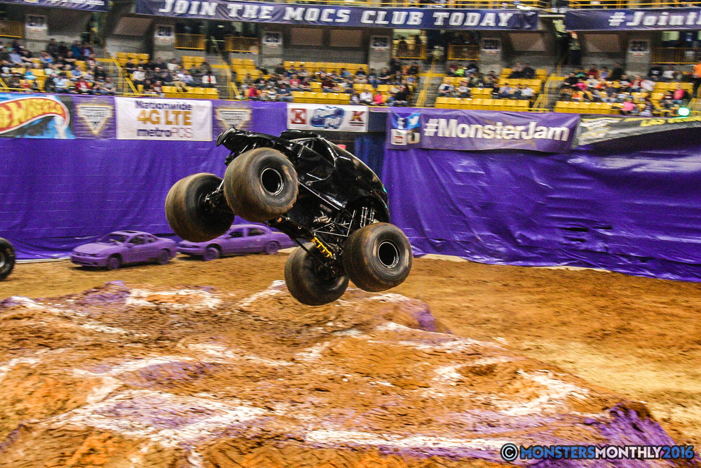 36-monster-jam-utc-mckenzie-arena-chattanooga-tennessee-monstersmonthly-monster-truck-race-gravedigger-monstermutt-xtermigator-razin-kane-doomsday-captainscurse-2016.jpg