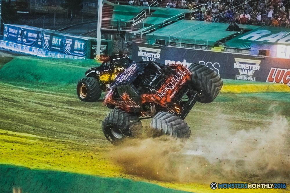 27-the-monster-jam-world-finals-racing-championship-pictures-2016-sam-boyd-stadium-las-vegas-monstersmonthly.jpg