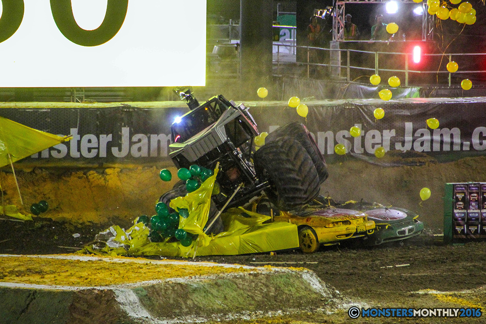 13-monster-jam-world-finals-17-march-2016-sam-boyd-stadium-las-vegas-monster-truck-racing-freestyle-gravedigger-maxd-monster-mutt-titan.jpg
